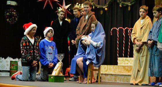 Christmas Show1